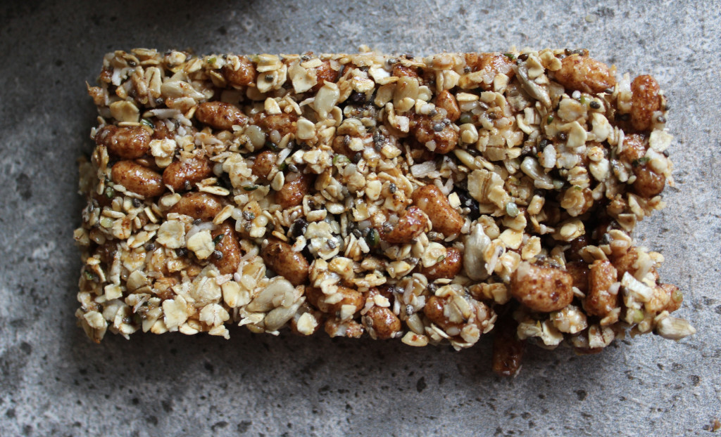 These all natural homemade energy bars are the perfect way to keep you fueled throughout the day