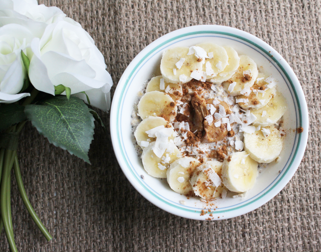 These easy peanut butter and banana overnight oats are a healthy and delicious vegan breakfasts