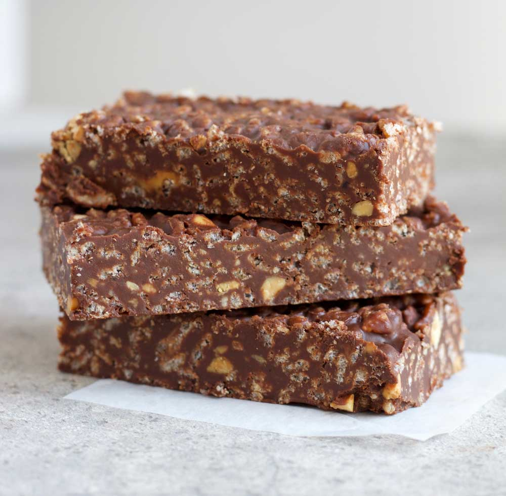 These delicious vegan Chocolate crunch bars are chewy, crunchy, and sweet!