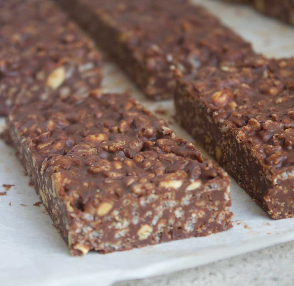 These deliciously rich vegan chocolate crunch bars are the healthier version of a classic chocolate crunch candy bar!
