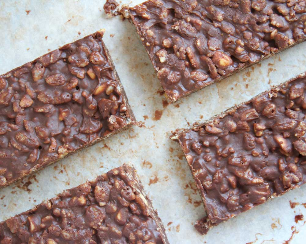 Make these delicious vegan chocolate crunch bars for when you have a chocolate craving that just needs to be satisfied, without the guilt!