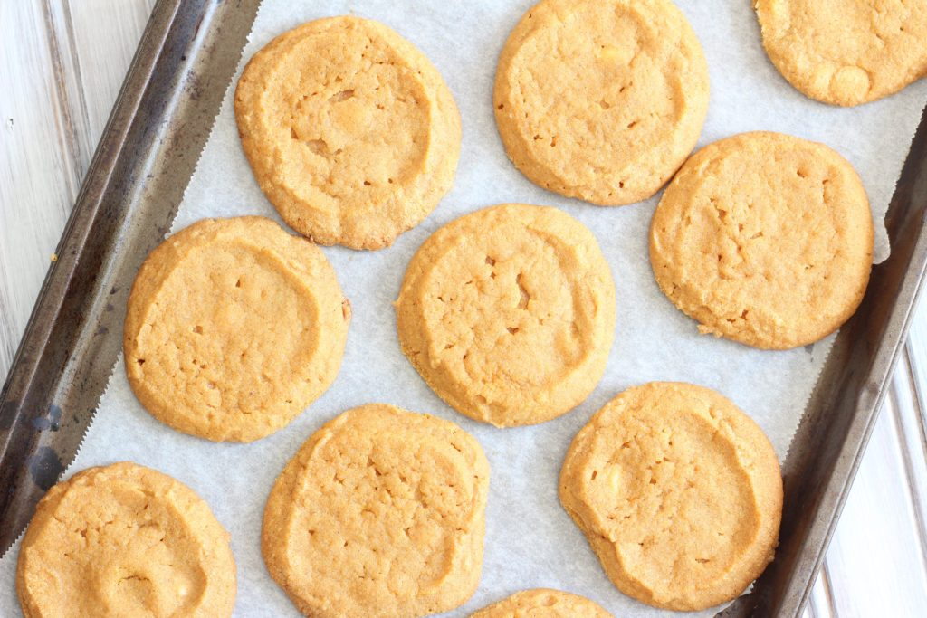 These easy gluten-free and vegan pumpkin cookies are perfectly sweet and packed with delicious fall spices