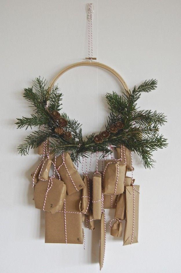 DIY Christmas Advent Calendars || Christmas decor, crafts and fun! Nikki's Plate