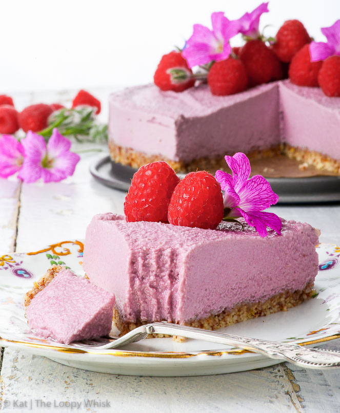 This vegan raspberry cheesecake is a perfect, refreshing no-bake dessert that only calls for 5 ingredients
