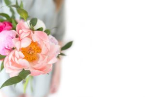 5 Ways to Take The Stress Out Of Wedding Planning; ways you can remove stress, panic and negative feelings from your wedding planning for a smoother day! Lets tame Bridezilla!!