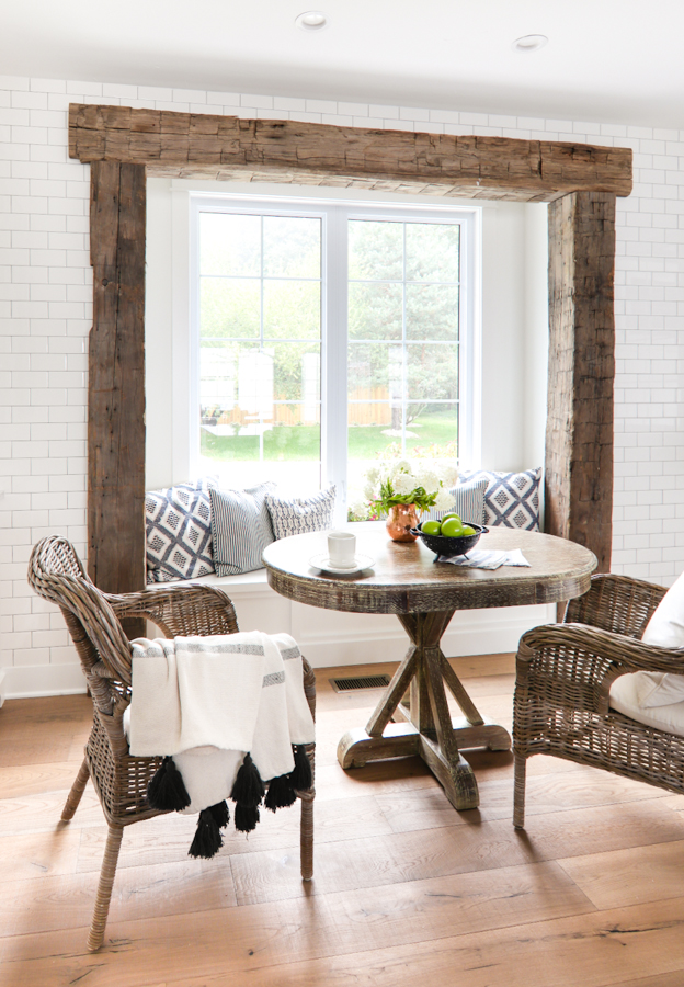 Friday Favourites; including my dream house, favourite new kitchen must have, and recipe much more!Rustic beam breakfast nook