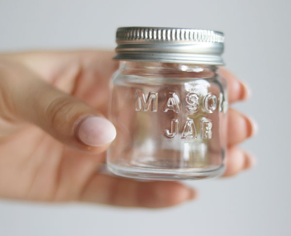 Bath Salts Party Favours; an easy and affordable bath salts party favour that your guests will love! Choose colours to match your decor and scents to suit your celebration. Bridal shower, baby shower, Christmas and more!