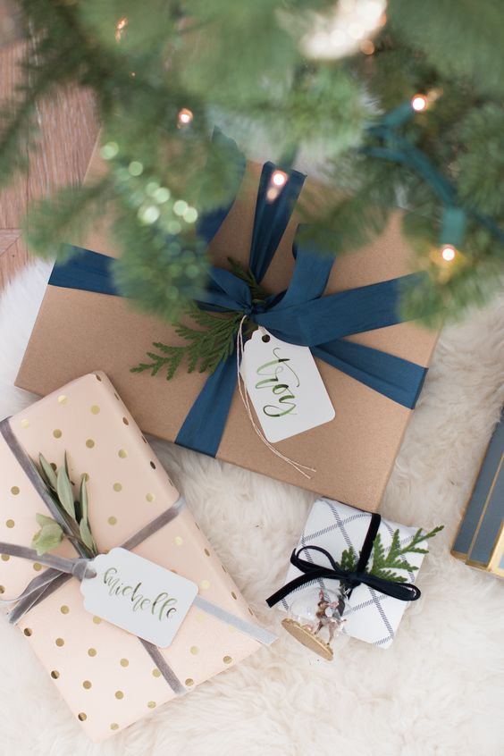 Add something extra to your pretty gift wrapping with homemade gift tags