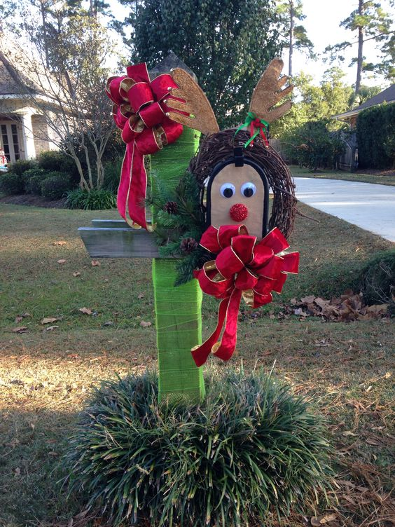 This christmas mailbox is decorated to look like Rudolf the Red Nosed Reindeer and is an easy DIY