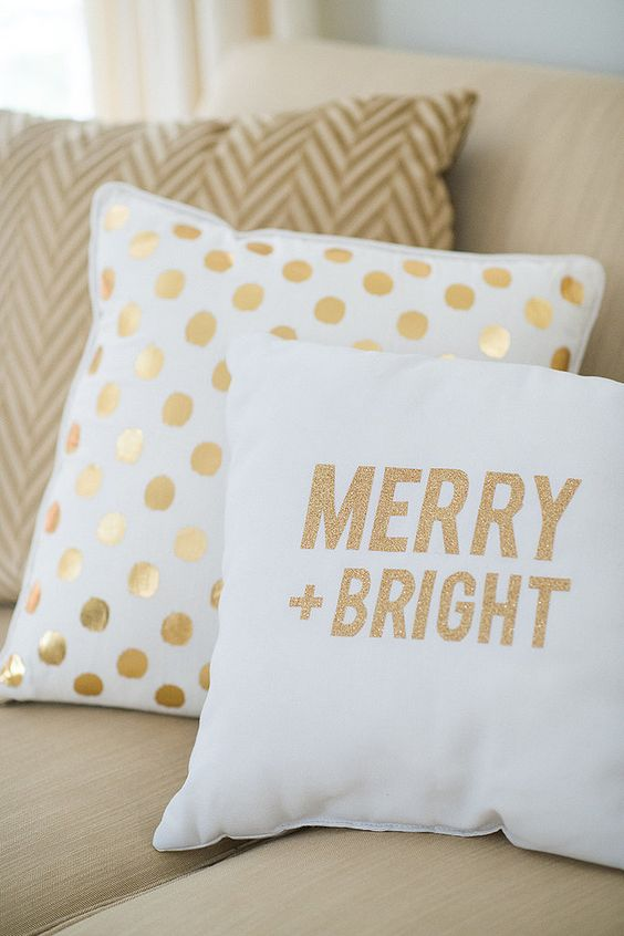 These white and gold Christmas pillow covers are so simple and perfect for your Christmas home.