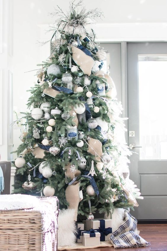 This Christmas tree has large small ball ornaments, which really adds a lot of versatility to the tree decor