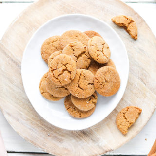 These healthier ginger molasses cookies are crunchy on the outside yet chewy on the inside. Using oat and almond flour, and non processed sugars, these cookies will leave you feeling guilt freeThese healthier ginger molasses cookies are crunchy on the outside yet chewy on the inside. Using oat and almond flour, and non processed sugars, these cookies will leave you feeling guilt free! #gingermolassescookies #healthy || Nikki's Plate