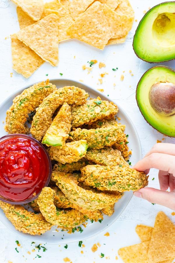 Healthy Super Bowl Appetizers (Vegan, Gluten Free, Sugar Free)    baked avocado fries #superbowl #appetizers #healthy #vegan    Nikki's Plate