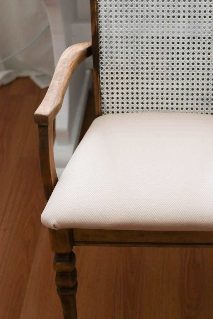 This antique office chair makeover is perfect for any home office that needs a little bit of vintage style