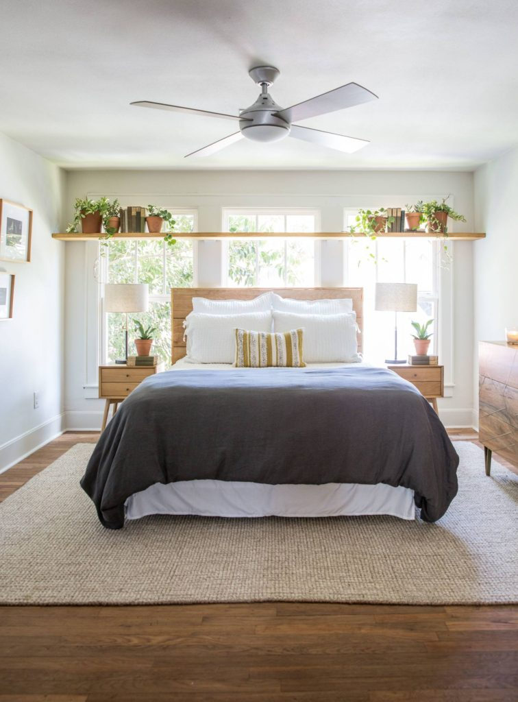 11 Best Bedrooms by Joanna Gaines: Here are the top ten bedroom designs and renovations done by Joanna Gaines from Fixer Upper! - Nikki's Plate #fixerupper #joannagaines