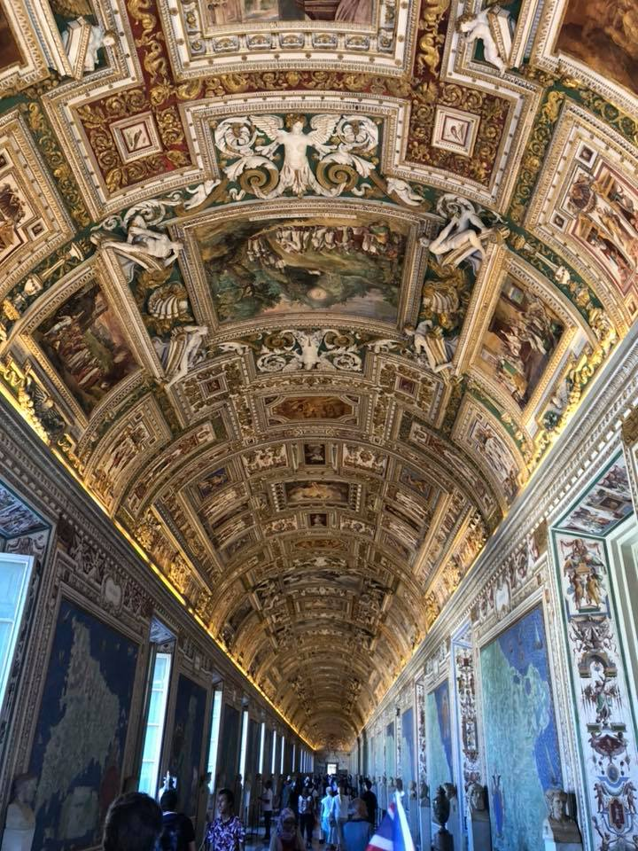 Here are the top 5 things to do while visiting Rome, Italy. Where to eat, where to stay and what to see! - Vatican