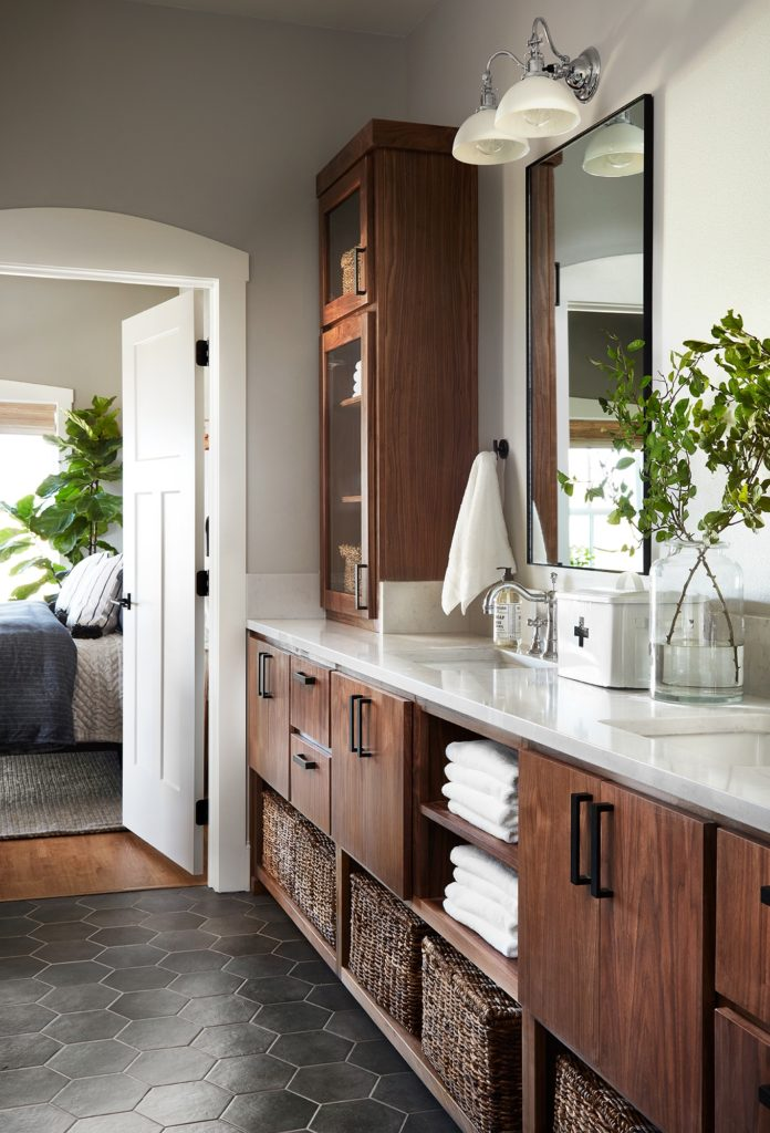 Best Bathrooms by Joanna Gaines; Fixer upper's top bathroom renovations by Joanna and chip Gaines! These rustic, country with hints of modern perfection bathrooms are everything #joannagaines #bathroom #bathrooms #renovations || Wood Vanity - Nikki's Plate