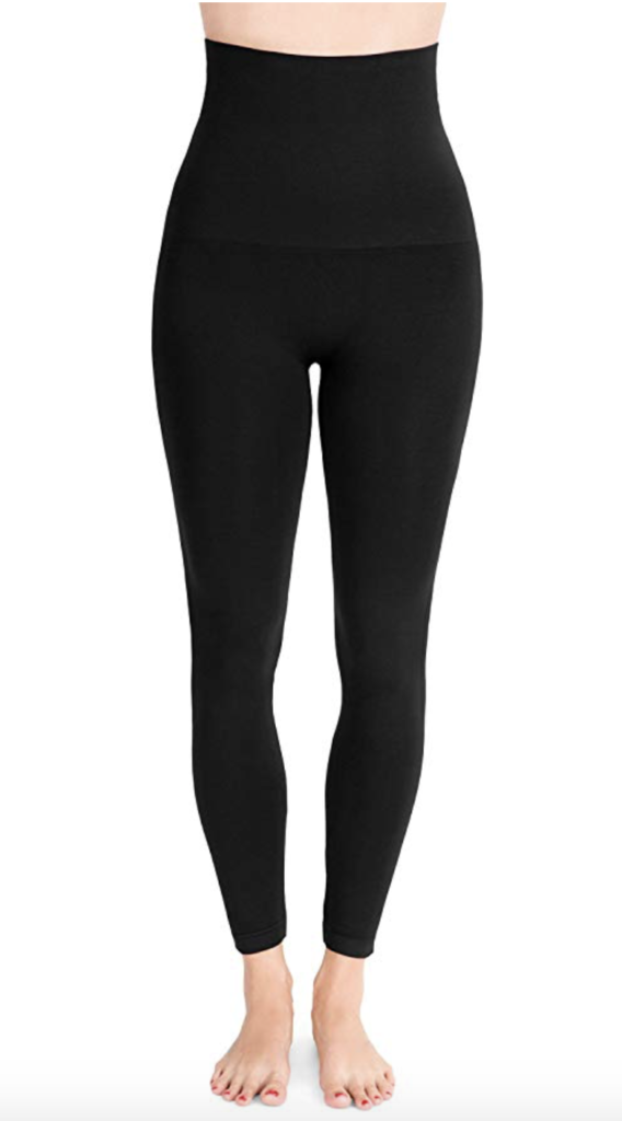 My Postpartum Must Haves: a serious pair of leggings will save your live after giving birth!