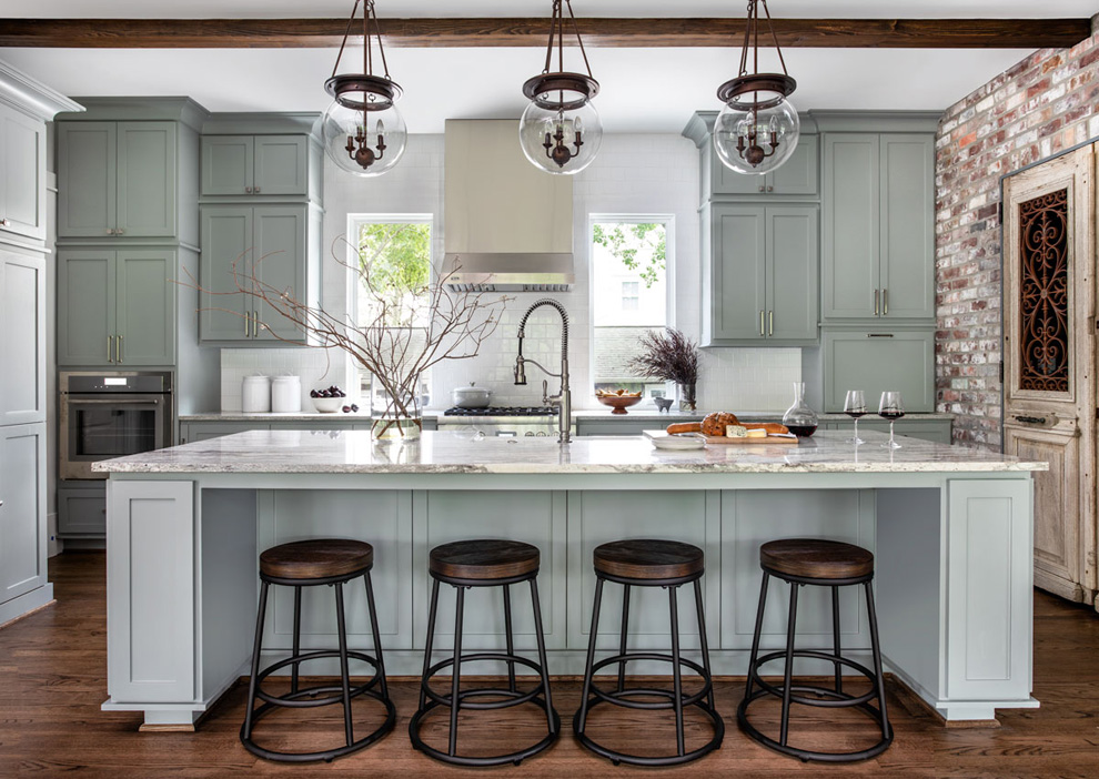 Pretty Blue Kitchen Design Ideas; scrap the white kitchens, blue kitchens are the hottest new design trend! Here are some beautiful examples of all blue kitchens!