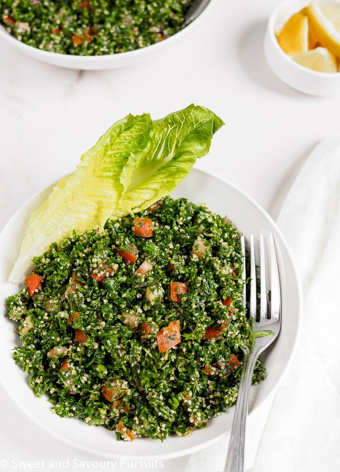 10 salad recipes for fast weight loss: Lebanese Tabbouleh
