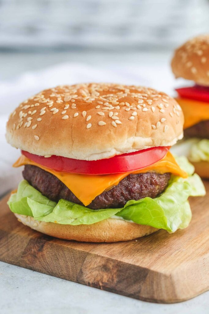 10 Easy Air Fryer Recipes; here are quick and easy air fryer meals! Healthy and delicious! Air hamburger Recipes