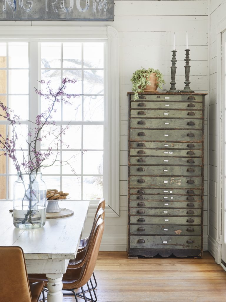 Country Dining Room, Rustic farmhouse table, white shiplap dining room; Joanna Gaines Full Farmhouse Tour: Entire look inside Chip and Joanna Gaines's home