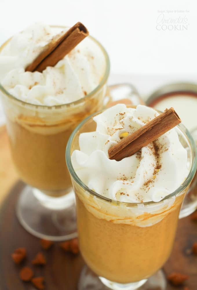 Pumpkin Spice Hot Chocolate - 15 Delicious Pumpkin Drinks for Foodies; Easy and tasty fall drinks to sip on during the autumn season!