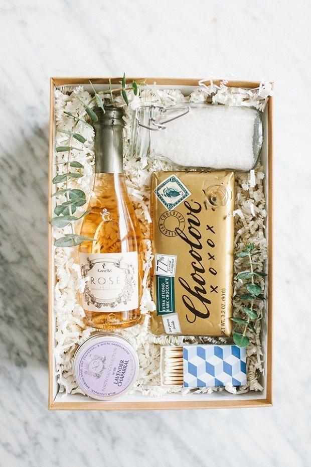 Easy Homemade Christmas Gifts; bath, bubble bath box, gift set