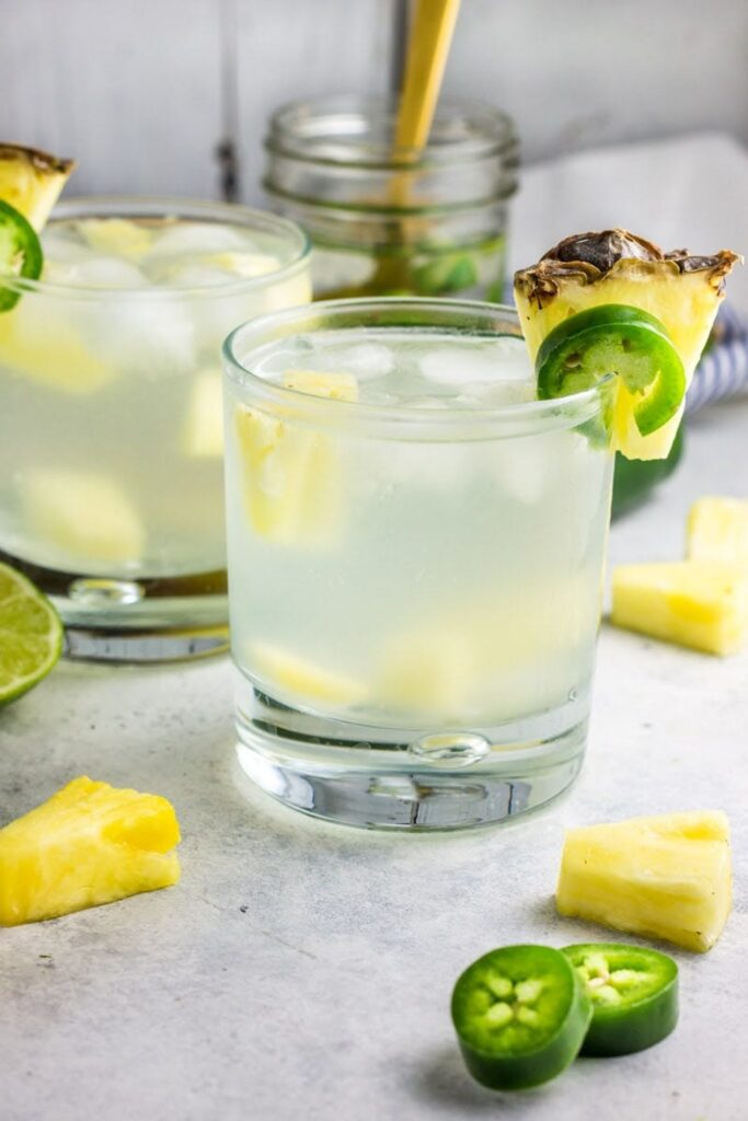 Delicious Summer Cocktails: Skinny Pineapple Jalapeño-Infused Cocktail