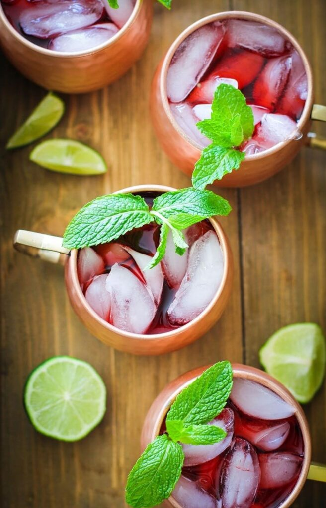 Delicious Summer Cocktails: Strawberry Moscow Mule