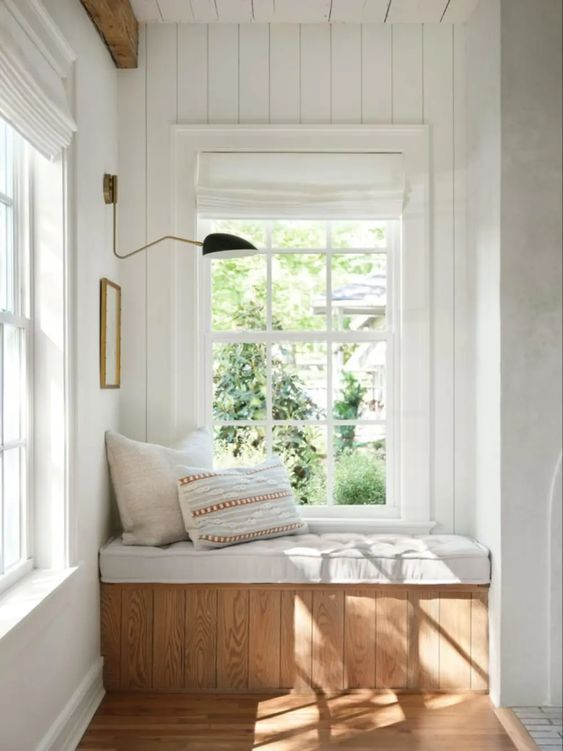Best NEW Living Rooms by Joanna Gaines from Fixer Upper;  reading nook