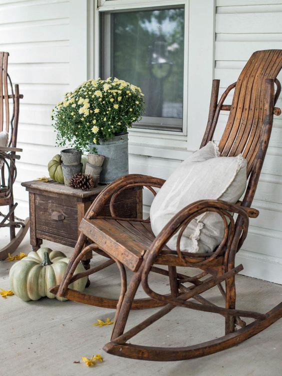 7 Fall Porch Decor Must Haves; rocking chair, antiques, old